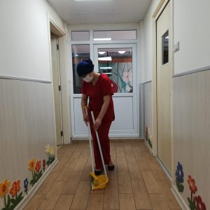 Covid19 Kapsamında okulumuzda yapılan personel kıyafet değişikliği