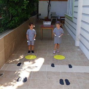 Çocuklarla Denge Oyunu